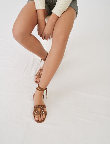 Flat tie sandals with studs : Boots & Flat shoes color Caramel