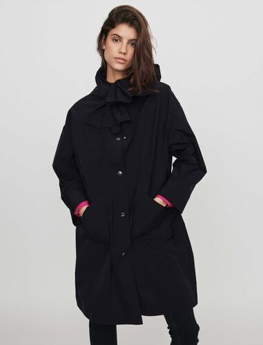 Hooded windbreaker-style parka : Overcoat color Black