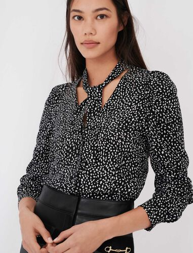 Crafted from crêpe printed shirt : Shirts color Black / White