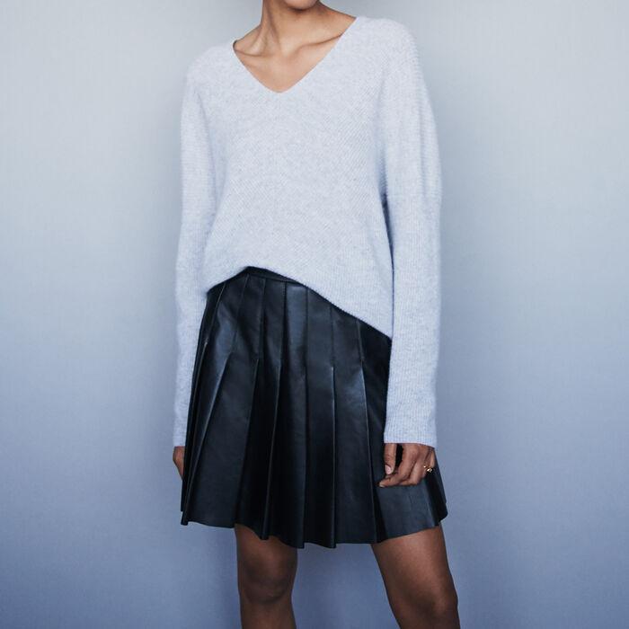 Low-cut ribbed cashmere sweater : Sweaters color Ecru