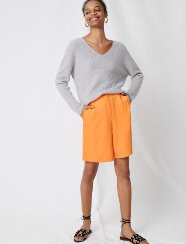 Cashmere V-neck sweater : Sweaters color Ecru