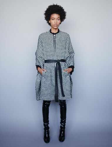 Houndstooth cape-style coat : Overcoat color Black